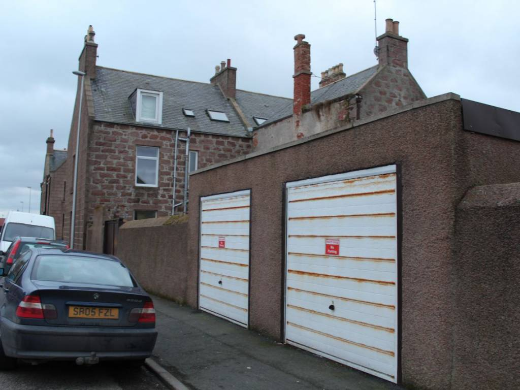 47 King Street, Peterhead, Aberdeenshire, AB42 1SL, 6 Bedrooms Bedrooms, ,2 BathroomsBathrooms,End Terraced,For Sale,King Street,1085